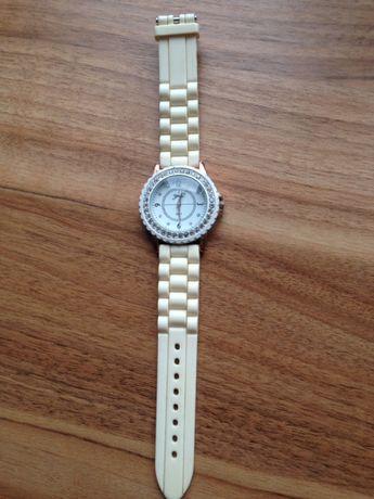 Женские часы часики в отличном состоянии