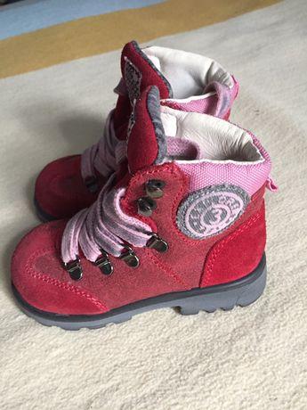 Туфли и ботинки на девочку кожа!!! 13,5 см