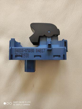 84810- 05080 Przełącznik Szyb Toyota Avensis T29
