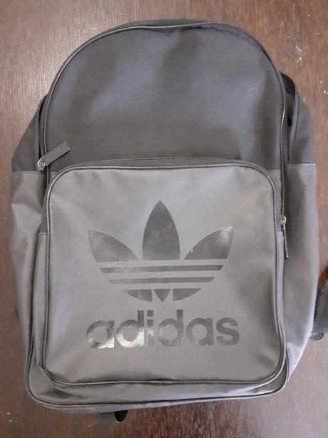 Czarny szkolny plecak Adidas