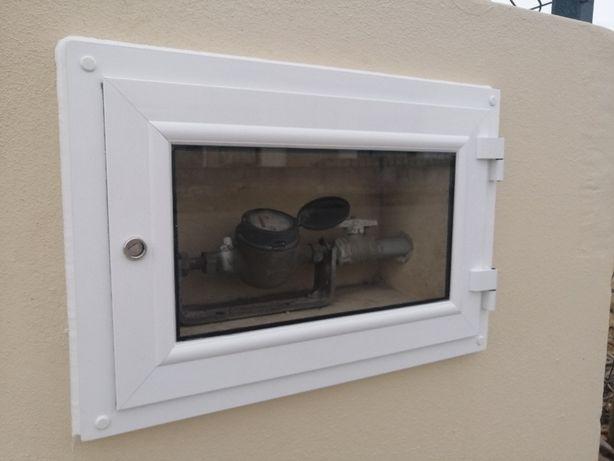 Porta de contador / Aluminio