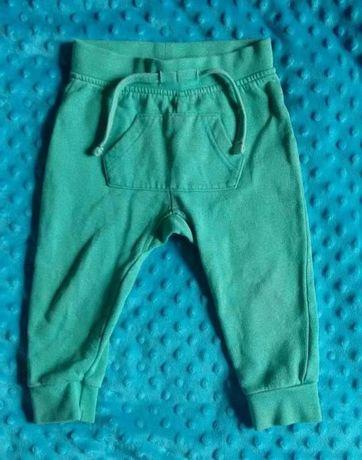 Spodnie baggy legi, dresy LUPILU 74/80