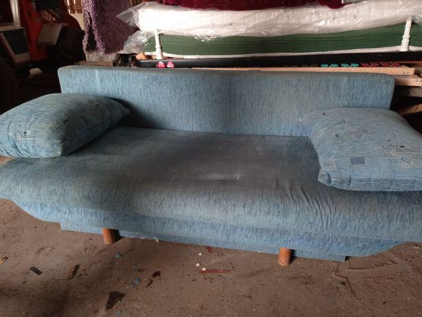 Wersalka łóżko tapczan rozkładane pufy gratis