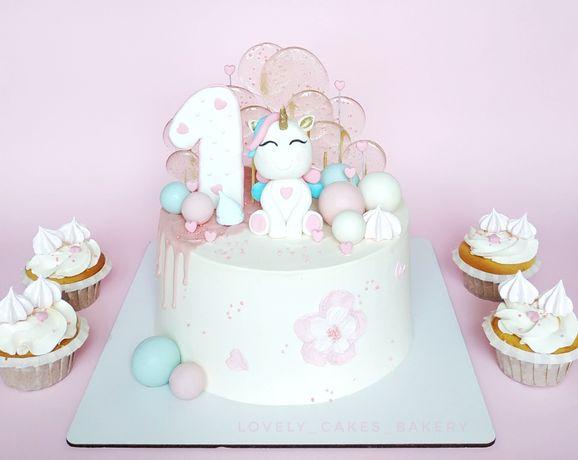 Торт на заказ в Днепре (мастика,на годик,детский,свадебный,фигуры)
