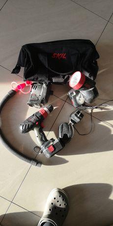 Zestaw Skil latarka wkrętarka pompa torba