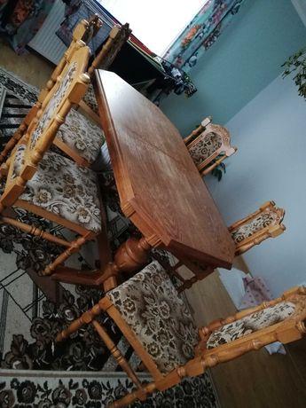 Zestw stół i 6 krzeseł drewnianych