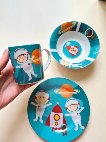 Новый набор посуды для мальчика