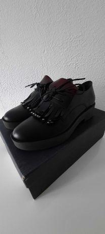 RYŁKO Nieużywane skórzane buty
