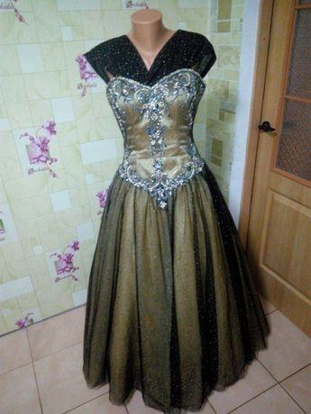 Платье, плаття, сукня на випускний