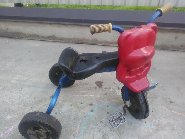 Велосипед трьхколесний