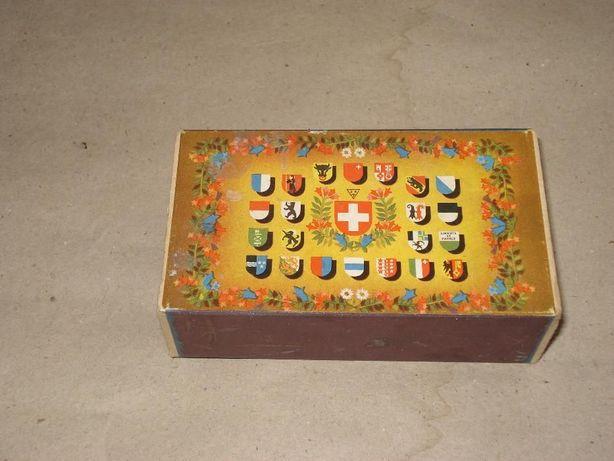 caixa de fosforos antiga