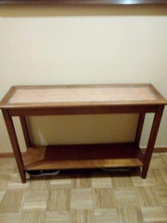 Mesa decorativa em madeira