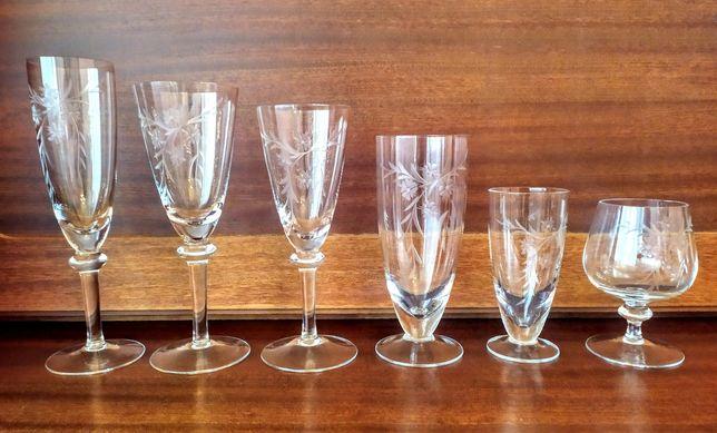 Komplet 36 kieliszków szkło grawerowane- Krosno