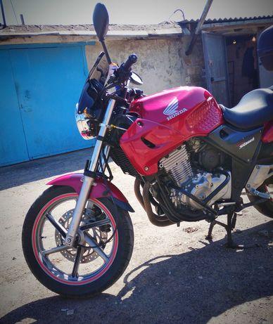 Honda CB 500 Хонда не Ямаха, не Сузуки
