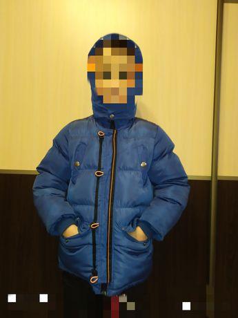 Продам куртку зимнюю 6-7 лет