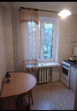 Сдам 2-комнатную квартиру рядом с Дарницкой площадью