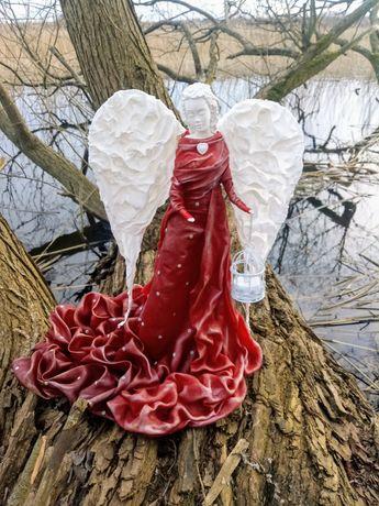Anioł z lampionem