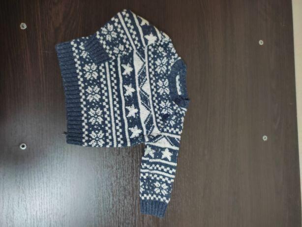 Продам свитер 3 6 месяцев