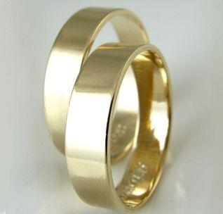 Złote płaskie obrączki szer. 5 mm pr. 585