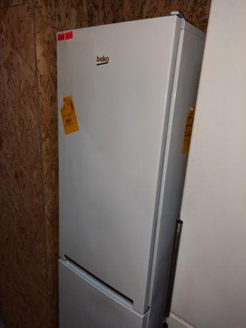 Продам холодильник БЕКО у робочому стані. Гарантія. Доставка. Київ.