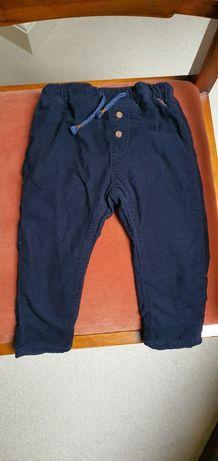 Spodnie chłopięce H&M 86 sztruksy z ciepłą podszewką