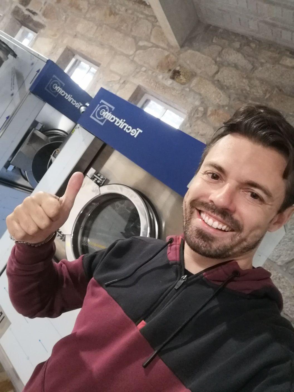Máquina de lavar roupa industrial 45kg hospitalar ou residência sénior