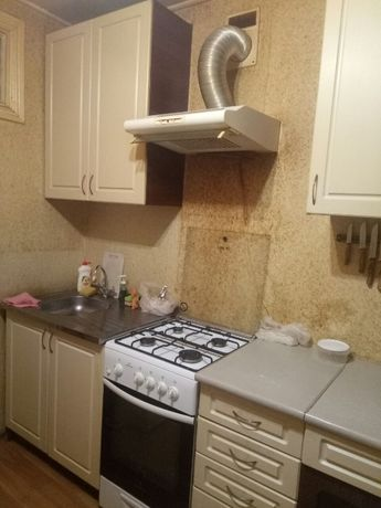 Половецкая, отдельная комната, метро Лукьяновка центр Татарка