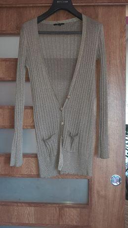 Sweter że złota nitka