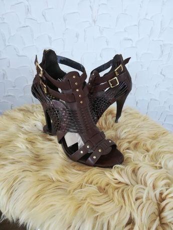 skórzane sandały na obcasie szpilki VINCE CAMUTO rozmiar 39