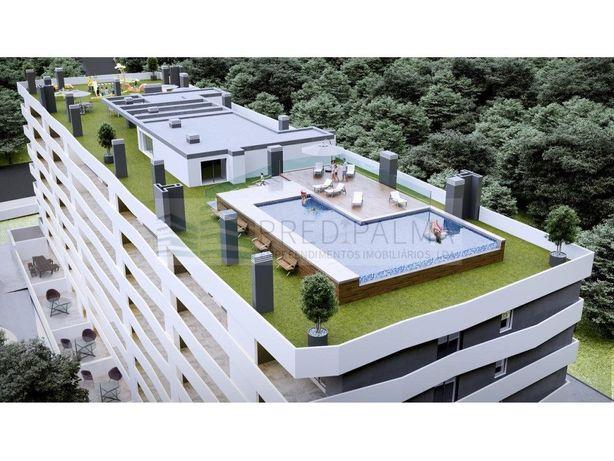 T2, c/ piscina e playground na cobertura.