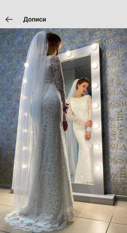 Весільна сукня,42 розміру