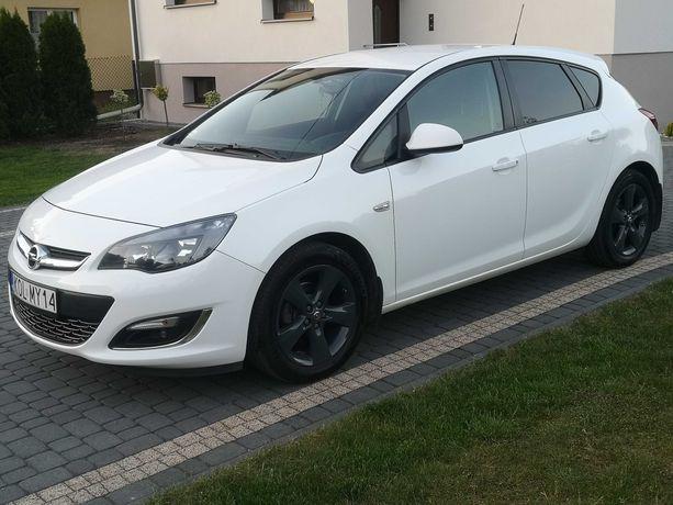 Sprzedam Samochód Opel Astra J 2015 r 1.4 Turbo 140KM Benzyna +Gaz