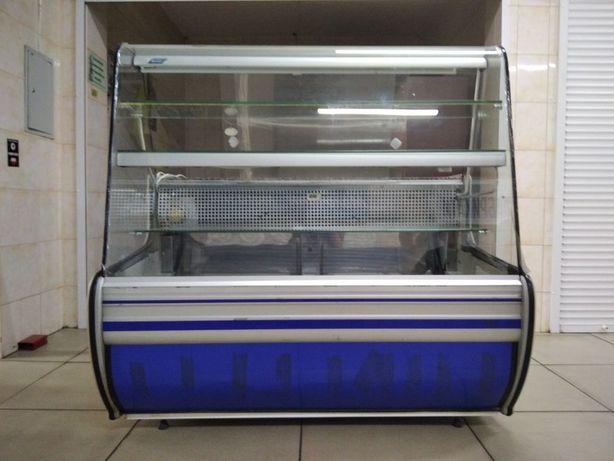 Продам холодильну вітрину Cold в хорошому стані