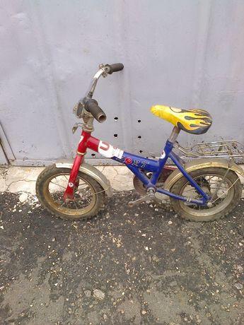 Детский велосипед Форт для ребека на 3-4 года