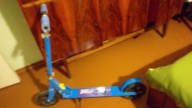 Синий самокат, большие колеса