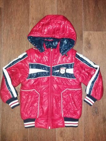 Деми куртка (жилетка) на мальчика на 4-5 лет