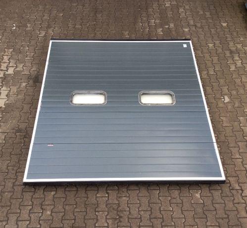 brama panelowa segmentowa garażowa przemysłowa 270 x 300