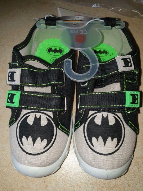 Nowe buciki Batman 27