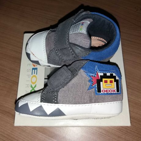 Sapato novo Geox