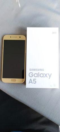 Samsung A5 2017, stan bdb.