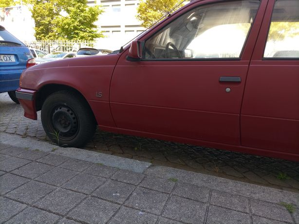 Opel Kadett 13 ls para peças ou arranjo