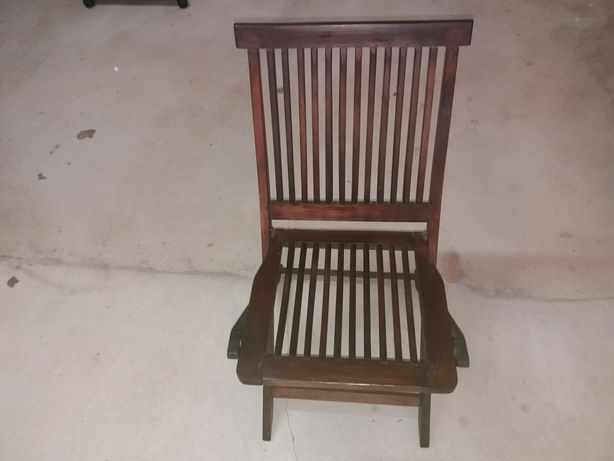 Cadeira Jardim em maeira maciça