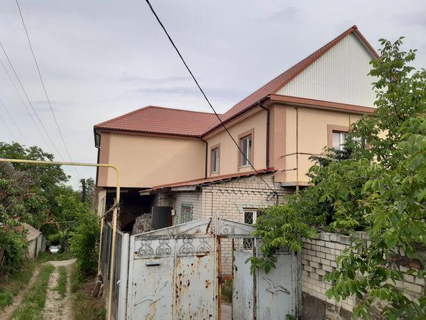 Продам 2 этажный дом  ХБК с шикарным видом на Днепр подьезд асфальт