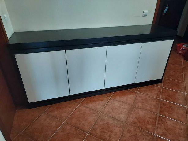 Vendo Mobília de sala de Jantar e Quarto de Casal