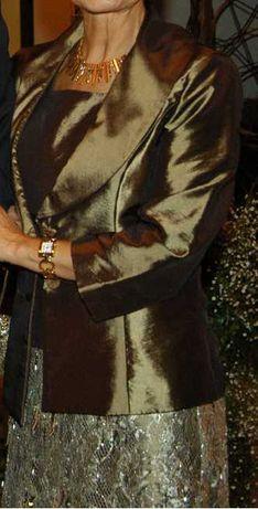 Saia com top e casaco de cerimónia