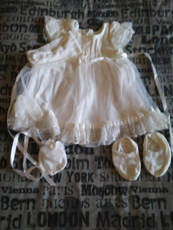 Продам платье для девочки.