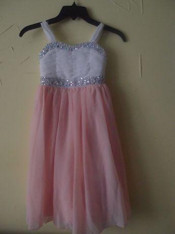 Платье праздничное нарядное на выпускной на 114-119см