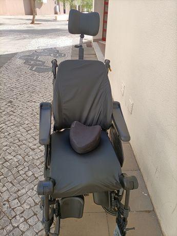 Cadeira de Rodas Clematis Pro