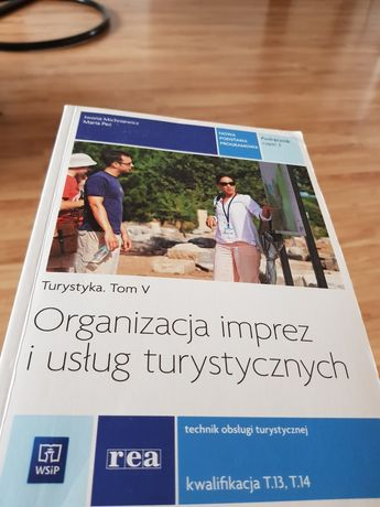 Podręczniki i ćwiczenia Technik Obsługi Turystycznej oraz j.wloski