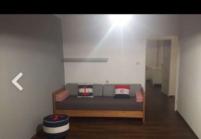 Łóżko, Drewniana Kanapa rozkładana